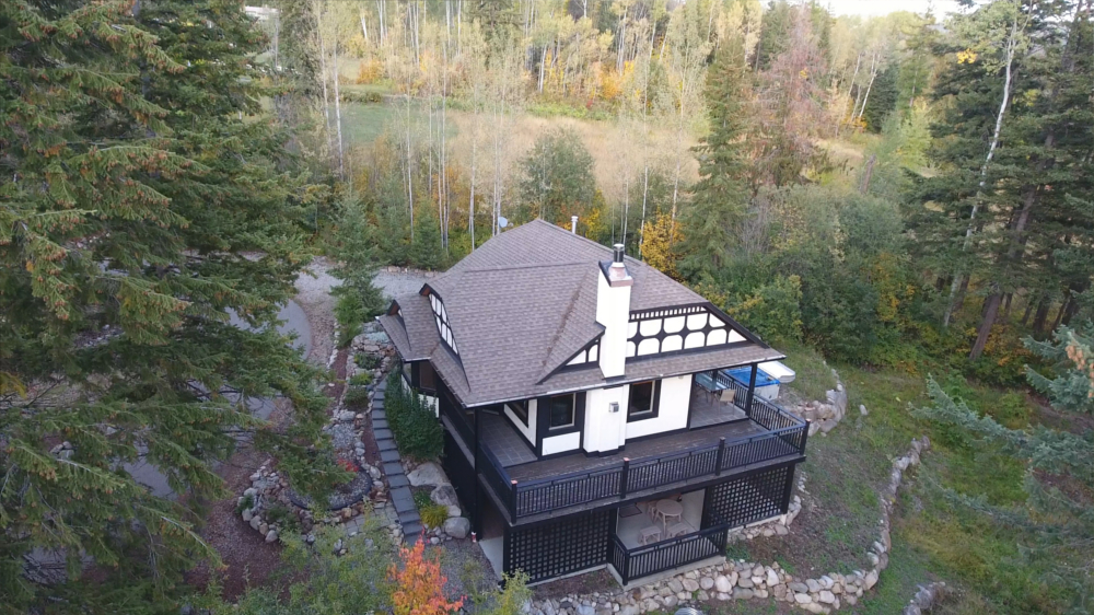 Castle on the Mountain - Bed & Breakfast and Cottage Accomodations Vernon BC - Gallery 10