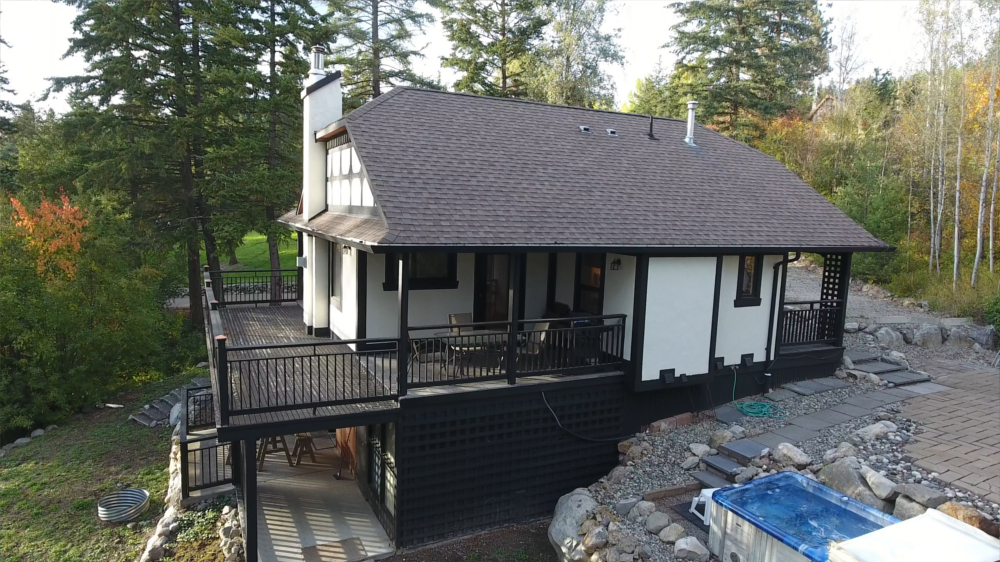 Castle on the Mountain - Bed & Breakfast and Cottage Accomodations Vernon BC - Gallery 15