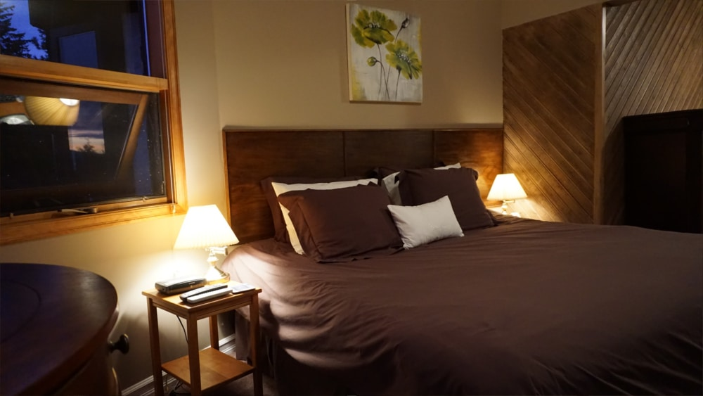 Castle on the Mountain - Bed & Breakfast and Cottage Accomodations Vernon BC - The Bastion Room 2 - 1000p