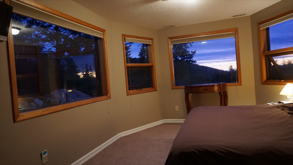 Castle on the Mountain - Bed & Breakfast and Cottage Accomodations Vernon BC - The Bastion Room 3 - 1000p